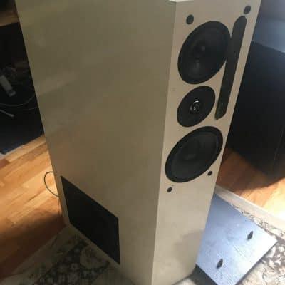 NHT 2.9 / 1.5 audiophile speaker system